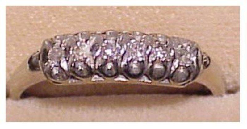 14K white gold diamond ring (size 8)
