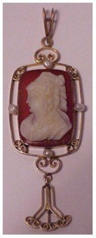 10K Victorian carnelian cameo seed pearls lavalier