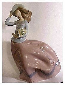 "LLadro ""Spring Breeze"" #5590 Retired ( no box)"