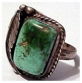 American Indian turquoise ring with feather ( size 7)