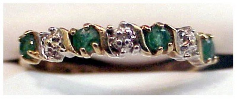 10K emerald and diamond ring ( size 6 1/4)