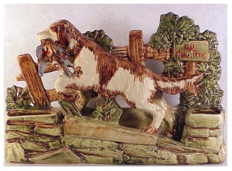 McCoy bird dog planter 1954, natural hand decorated