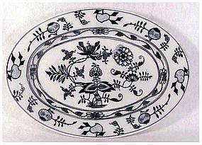"Czechoslovakia blue onion oval platter  12.5"" x 9"""