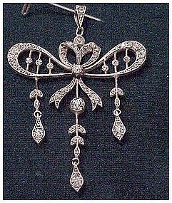 French paste pendant bow with multiple pendants