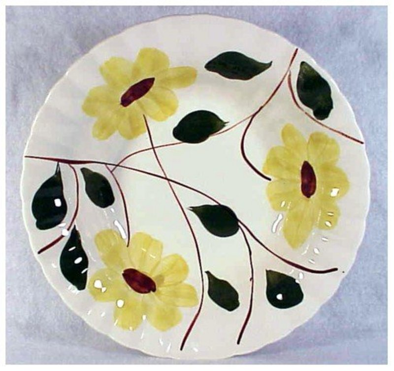 Ridge Daisy Blue Ridge So Pott round vegetable bowl