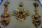 Earrings and Brooch of 2 colors 15K gold with turquoise