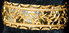 Ring, ivy repousse 18K yg band hallmarked Chester, 1895,