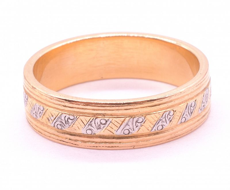Ring, 18K gold and platinum band with geometric design