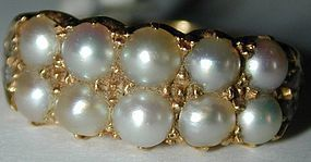 Ring with 10 natural pearls in 18K gold