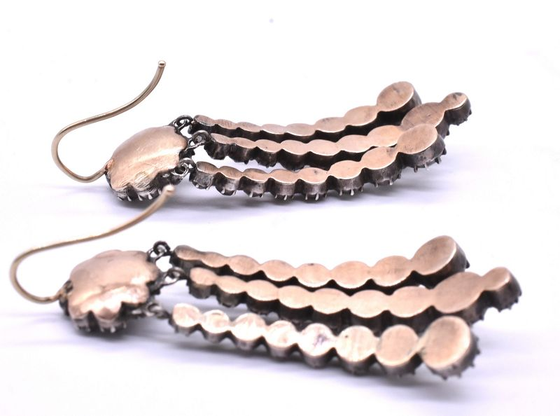 Antique Black Dot Paste Curved Drop Earrings
