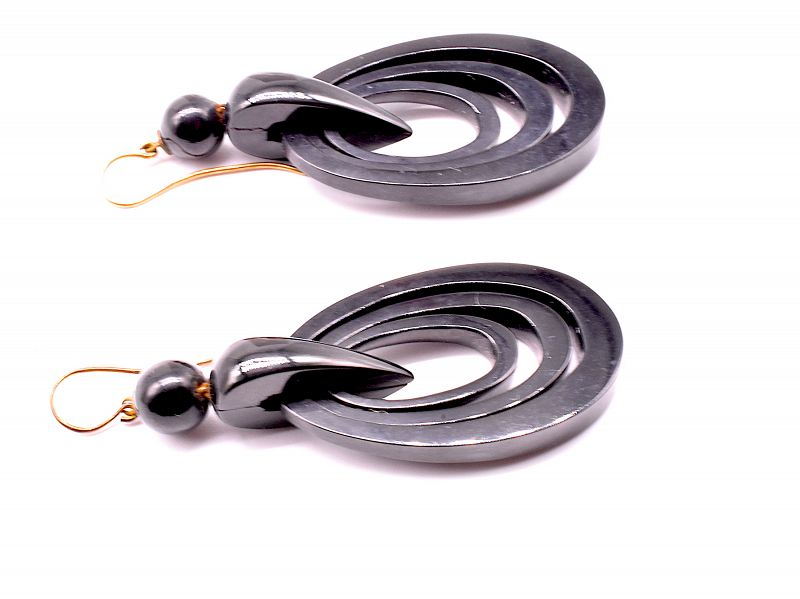C1880 Whitby Jet Concentric circle EARRINGS w architectural ball tops