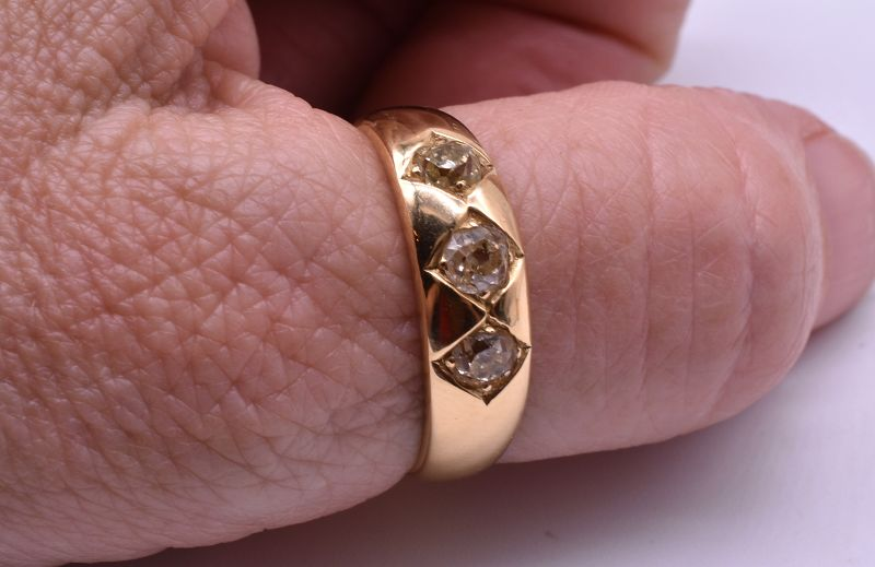 C1900 18k Diamond Gypsy ring
