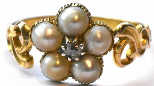 18K Georgian Pearl Forget-Me-Not Ring with Diamond center