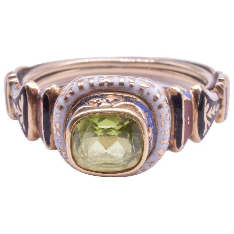 18 Karat Renaissance Revival Peridot Ring, circa 1870