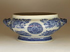 19th C. Chinese Export Blue Fitzhugh Sauce Tureen Bowl