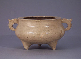 Annamese or early Southern Chinese Porcelaneous Censer