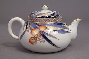 Fukagawa Iris pattern tea pot