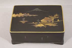 Good Japanese Komai Type Box, Boat in Mt Fuji Landscape