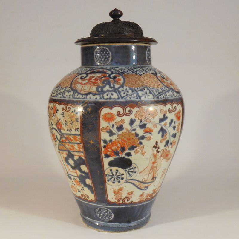 Massive 17th, 18th Century Ko-Imari Bijin Vase, Probably Genroku Era