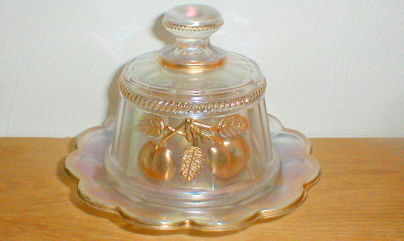 Northwood PEACH White/Gold Butter Dish