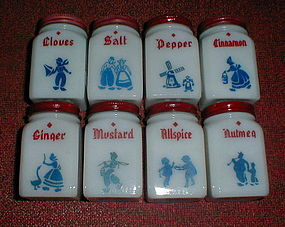 DUTCH Theme 8 Shaker Set