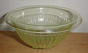 "Green Paneled 6 3/4"" Mixing Bowl"