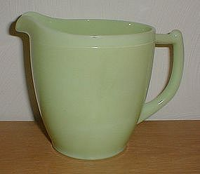 Jeannette 33 oz. Jadeite Pitcher