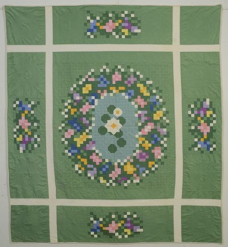 Floral Bouquet Quilt: Circa 1930; Illinois