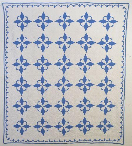 Crescent Star Quilt: Circa 1920; Pennsylvania