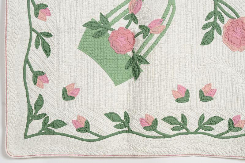 Marie Webster Magpie Rose Antique Quilt; Circa 1920; Pennsylvania