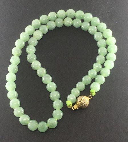 A good natural A jadeite necklace