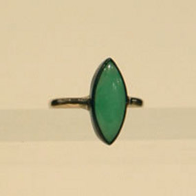 Vintage Natural Jadeite Simple Marquise Ring 18K