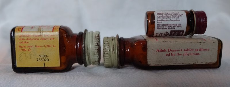4 Early-Mid 20thC Vintage Heart Cure Medicine Bottles