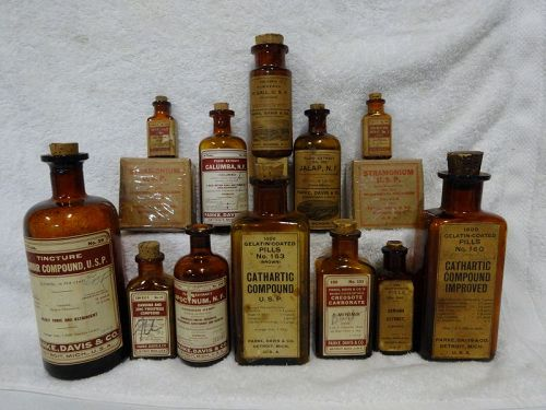14 Vintage Parke Davis Pharmacy Bottles and Herbs Tonics