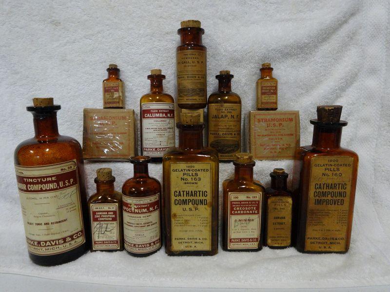 14 Vintage Parke Davis Pharmacy Bottles and Herbs Tonics