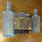 3 Antique Veterinary Medicine Horse & Cattle Bottles Dr Daniels Pratt