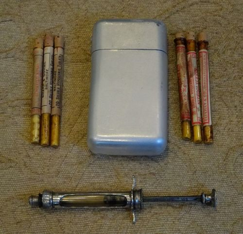 Vintage 1920s Hypodermic Traveling Drugstore Case Merck Eli Lilly