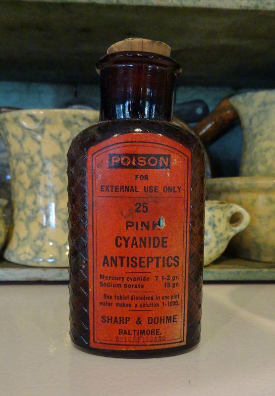 C1900 Sharpe Dohme Poison Bottle PINK CYANIDE ANTISEPTICS