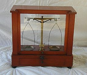 Cased Mahogany Beam Pharmacy Apothecary Scale