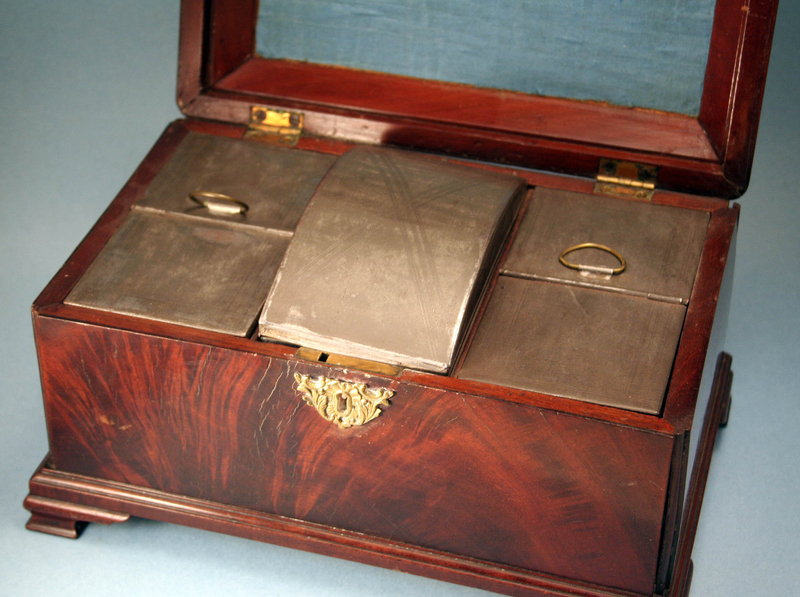 Large 18th Century Tea Caddy with Tin Fittings