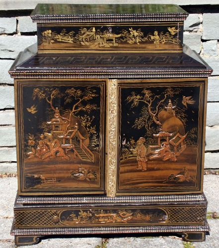 Chinese Export Black Lacquer Jewelry Chest