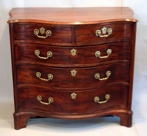 Exceptional George III Serpentine Chest of Drawers in the FrenchManner
