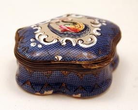 18th-century Gingham Finish English Enamel Box