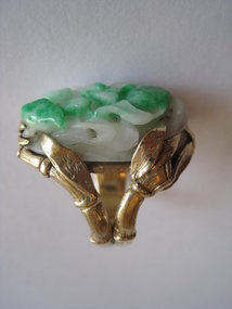 Old Chinese / Burmese Green Jadeite 14K Gold Ring