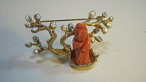 A Beautiful Vintage Chinese Coral Pin With Pearls