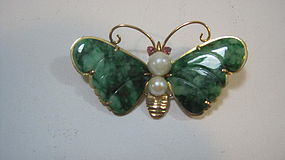 Beautiful Chinese Jadeite Brooch With 14K Gold Backing