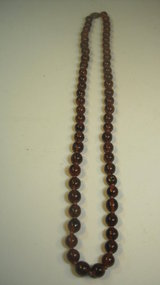 Beautiful Vintage Chinese Amber Necklace