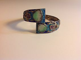 A Beautiful Early 20th C. Chinese Silver Enamel Bangle