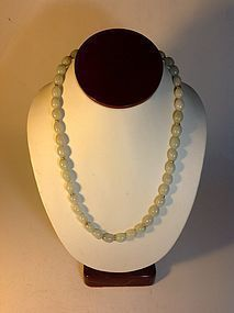 A Vintage Chinese Jadeite Beads Necklace 14K Clasp MK