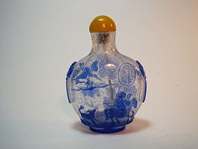 A Beautiful Chinese Peking Glass Snuff Bottle